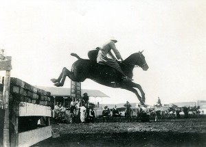 Pat Armstrong and Tempe competing in Bloemfontein