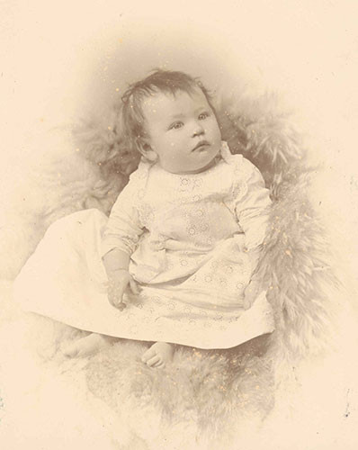 Jess Armstrong aged 6 months
