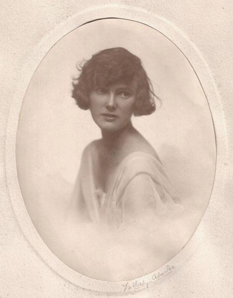 Angela Harter