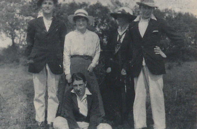 Black and white snapshot of Tommy and Mrs Armstrong with Ivan Campbell, Redvers Coate (seated) and Francis Dalby